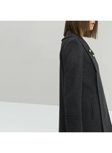 Yargıcı Nervür Detaylı Kısa Palto Antrasit